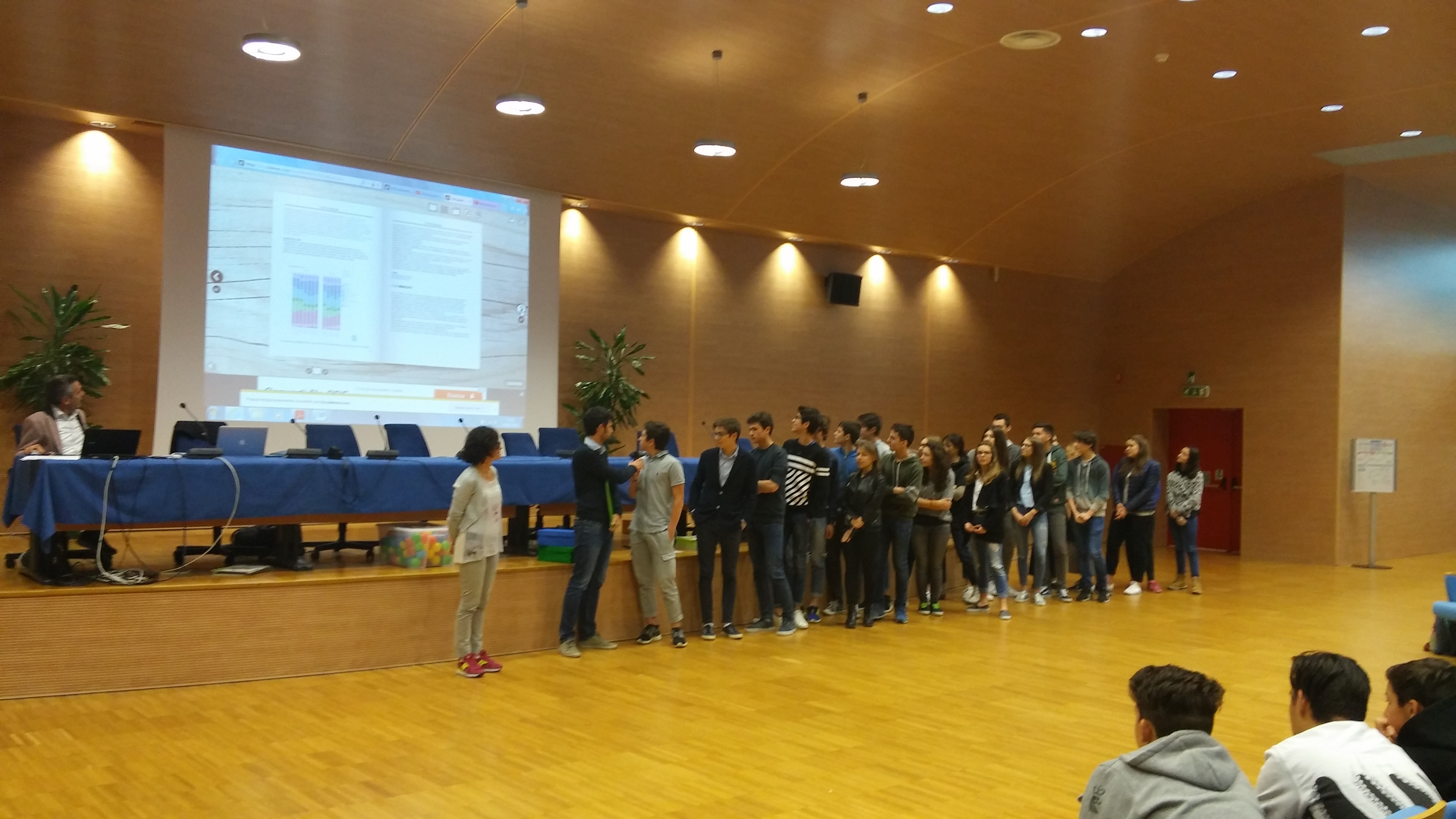 Primi classificati (superiori): 2A Liceo Scientifico G. Marinelli di Udine